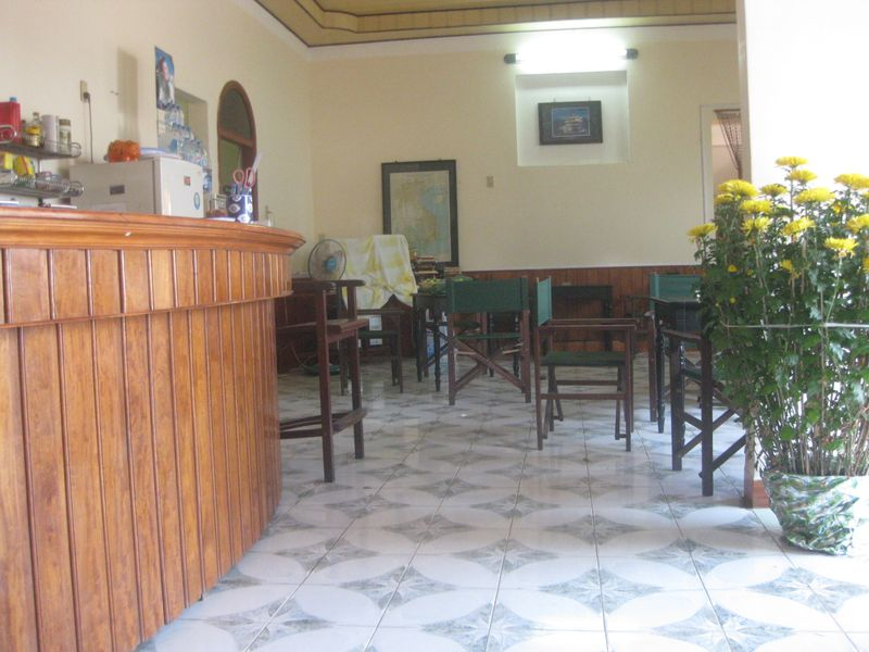 Barbara's cafe 1